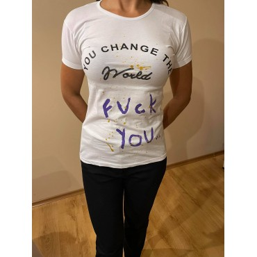 Ръчно рисувана тениска you change the world