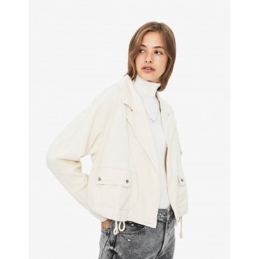 Дамско късо яке, размер М, BERSHKA
