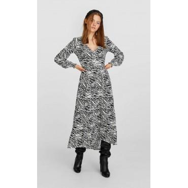 Дамска рокля с остро деколте и дълги ръкави, размер М, STRADIVARIUS