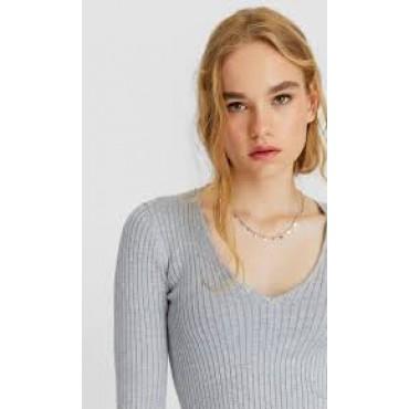 Дамски пуловер с остро деколте, размер L, STRADIVARIUS