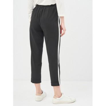 Спортно-елегантен панталон, черен с бял кант, 3/4, размер XS, STRADIVARIUS