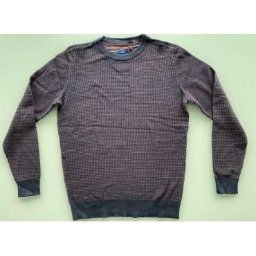 Стилен мъжки пуловер, размер М